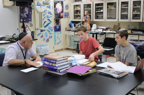 It's all Greek to me: Language club adapts to new schedule