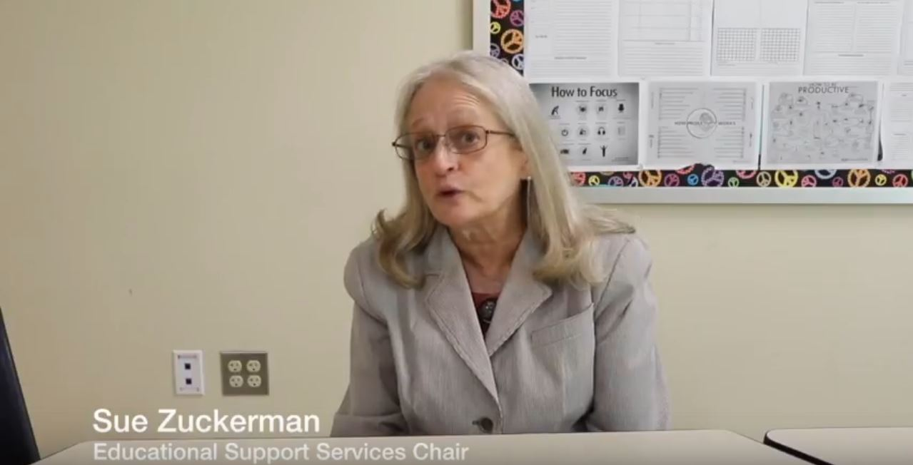 Educational+Support+Services+Chair+Sue+Zuckerman+describes+the+educational+accommodations+available+for+students+with+learning+differences+at+CESJDS.