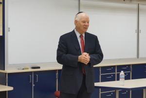 Senator Ben Cardin Visits JDS