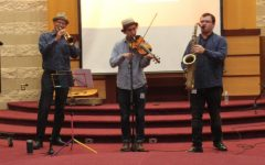 Middle school students view performance from Klezmer band