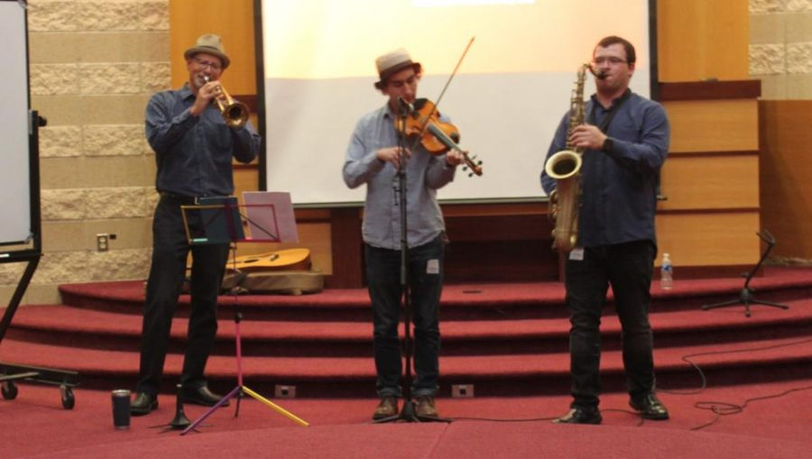 The+middle+school+recieved+a+unique+performance+from+a+Klezmer+band%2C+a+type+of+Jewish+Eastern+European+music%2C+on+Oct.+28.