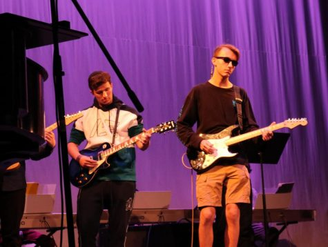 Upper School commemorates Daniel Pearl with music concert