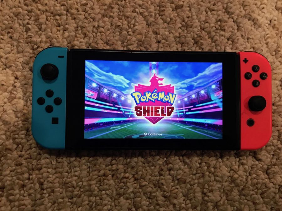 Reviewing+the+new+Pokemon+Sword+and+Shield+games.+