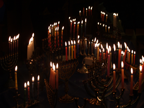 JDS celebrates Hanukkah through virtual events