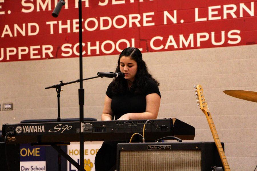 Freshman Shiri Cohen performs her original song
