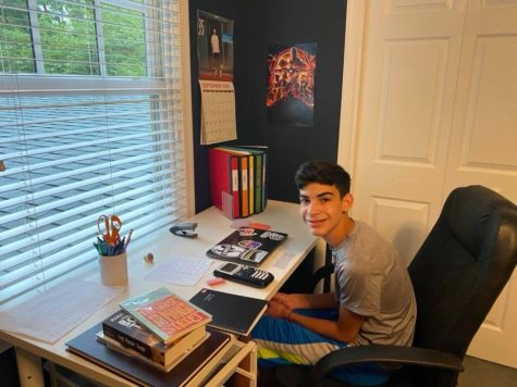 After returning to Maryland from Philadelphia, Freshman Oren Israel attended Milton Jewish Day School and then, switched to JDS for freshman year.